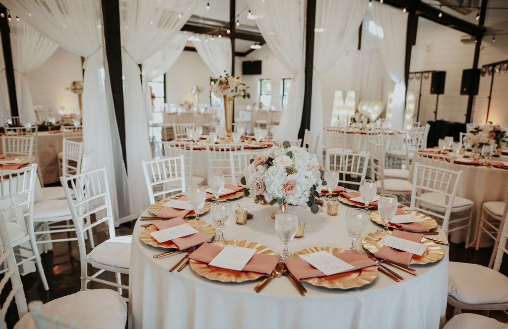 Best Oklahoma Outdoor Wedding Venue Tulsa Bixby White Barn 31.jpg