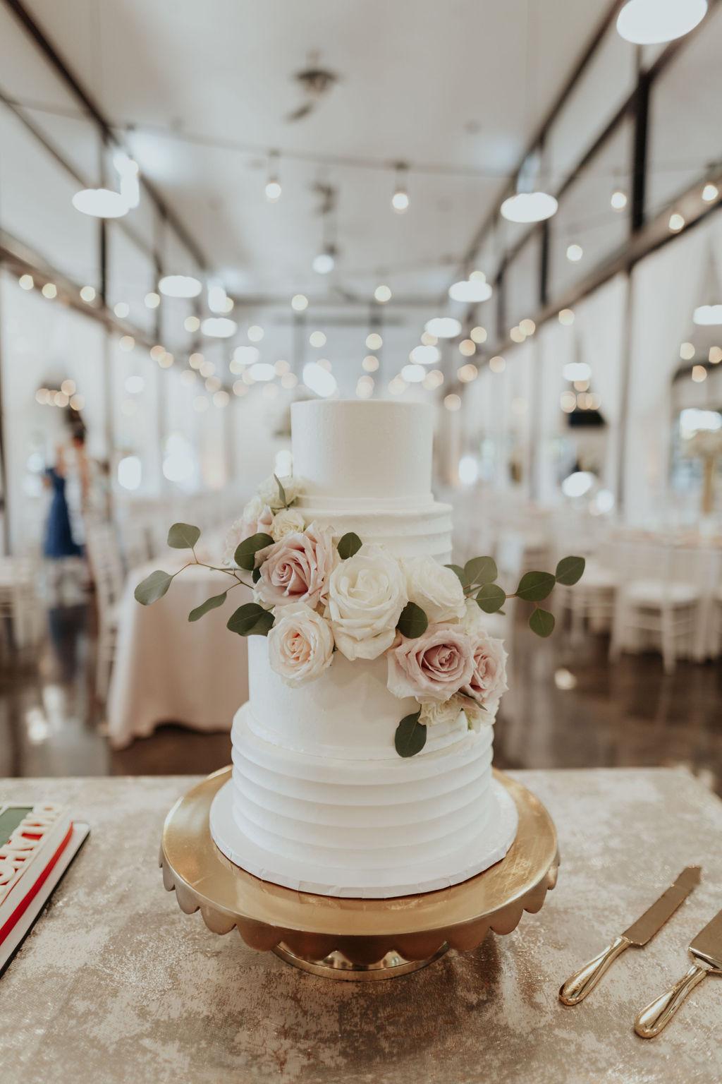 Best Oklahoma Outdoor Wedding Venue Tulsa Bixby White Barn 33.jpg