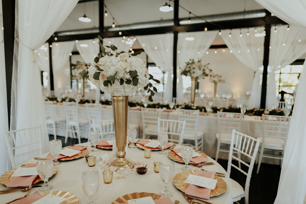 Best Oklahoma Outdoor Wedding Venue Tulsa Bixby White Barn 35.jpg