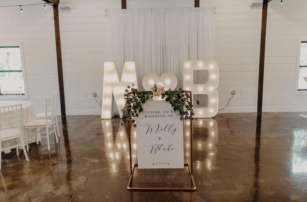 Best Oklahoma Outdoor Wedding Venue Tulsa Bixby White Barn 35b.jpg
