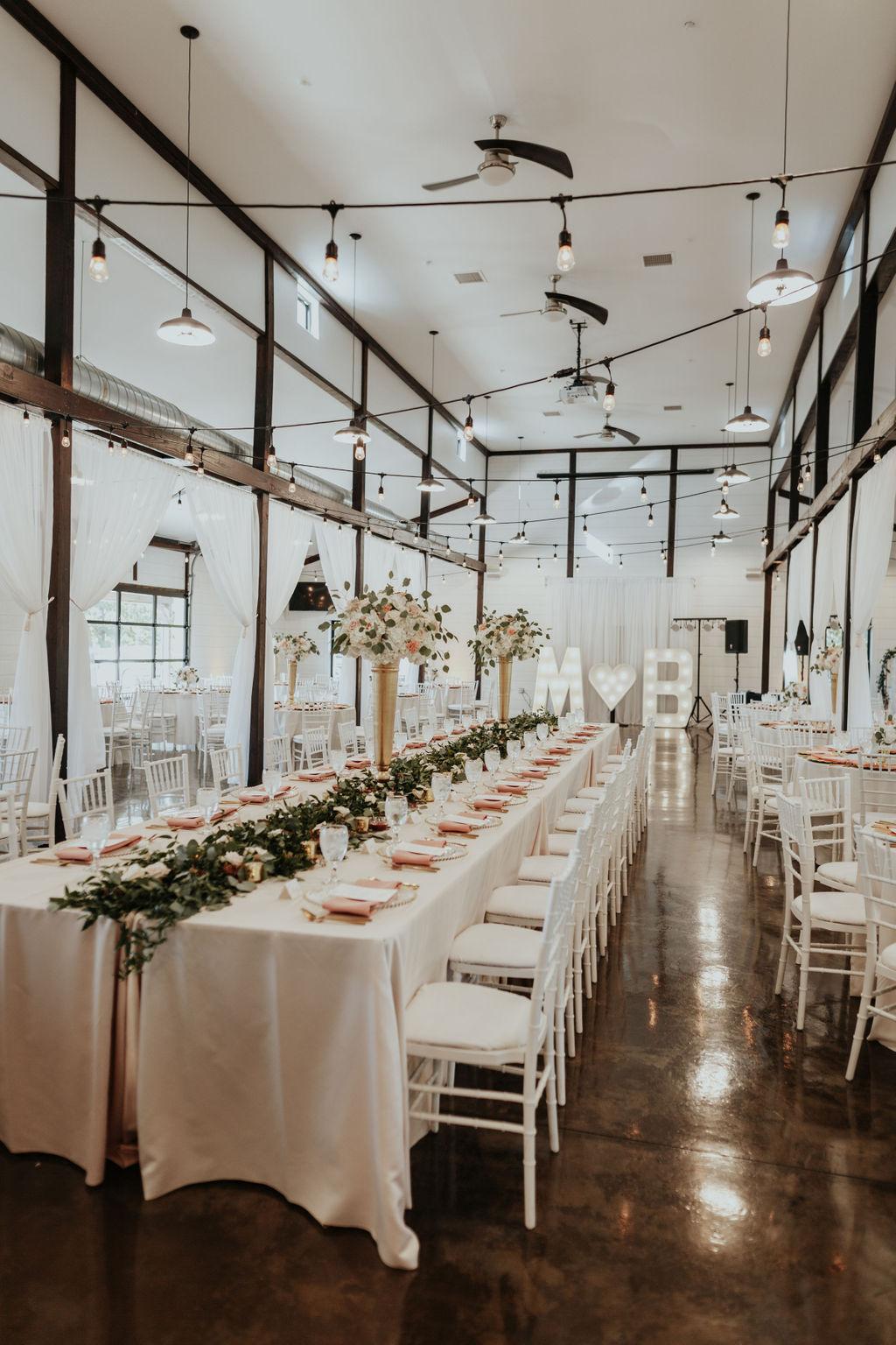 Best Oklahoma Outdoor Wedding Venue Tulsa Bixby White Barn 36.jpg