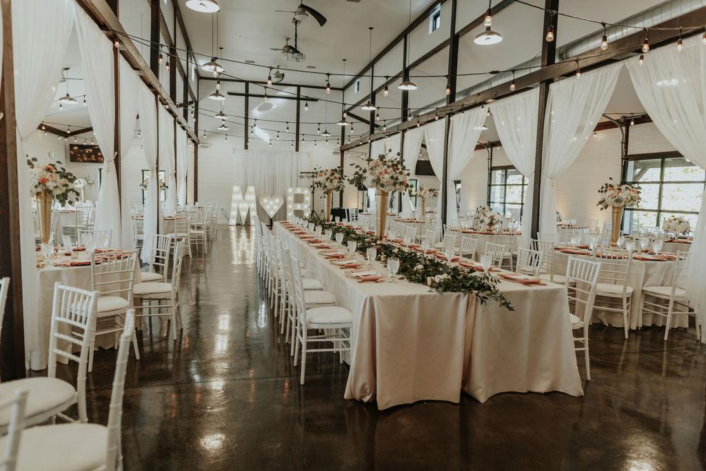 Best Oklahoma Outdoor Wedding Venue Tulsa Bixby White Barn 40.jpg