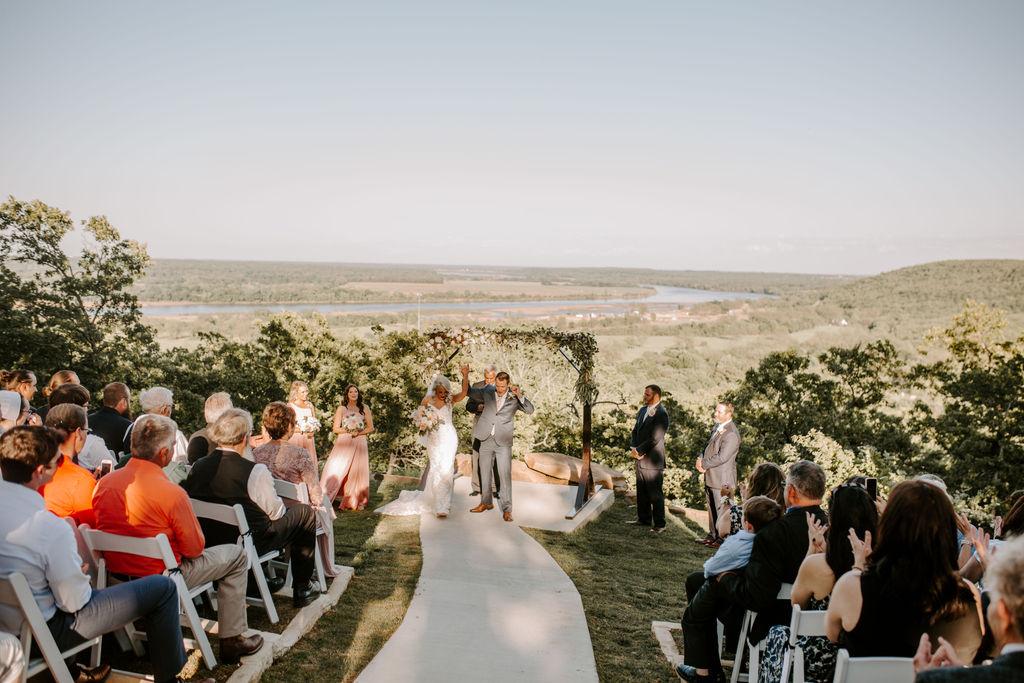 Best Oklahoma Outdoor Wedding Venue Tulsa Bixby White Barn 56.jpg