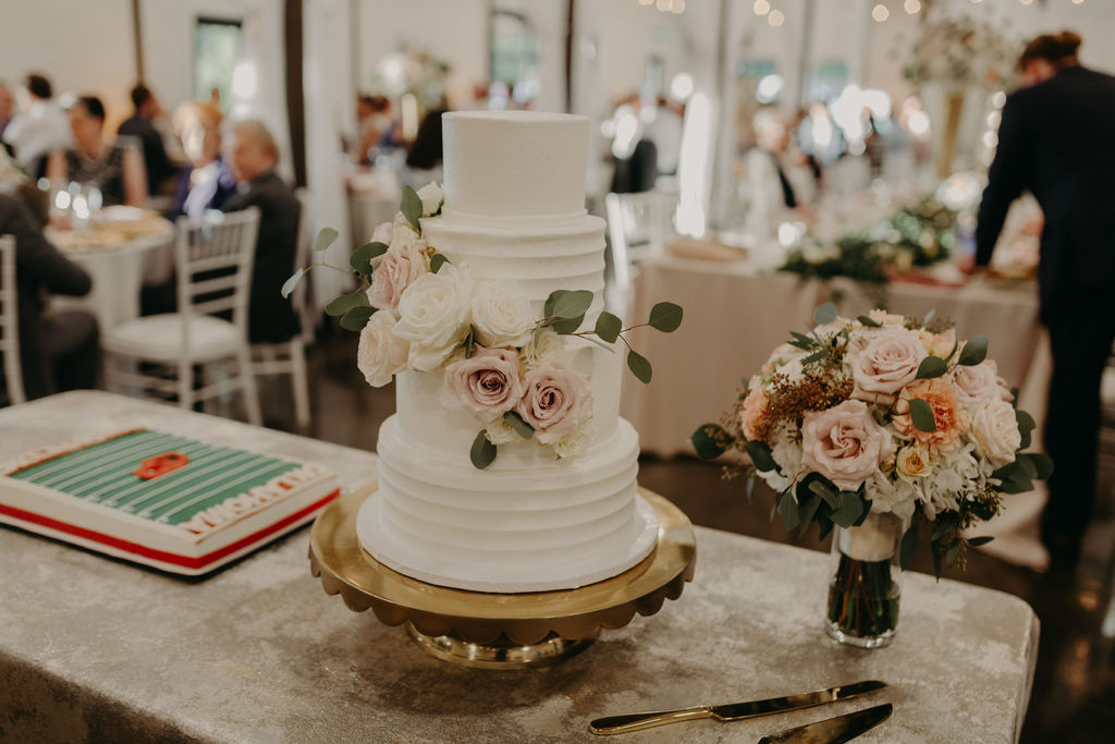Best Oklahoma Outdoor Wedding Venue Tulsa Bixby White Barn 65.jpg