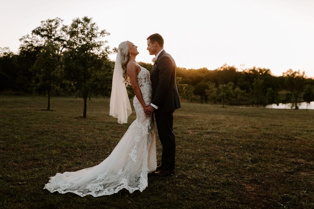 Best Oklahoma Outdoor Wedding Venue Tulsa Bixby White Barn 70.jpg