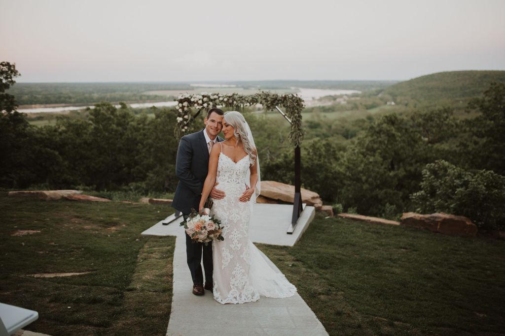 Best Oklahoma Outdoor Wedding Venue Tulsa Bixby White Barn 73.jpg
