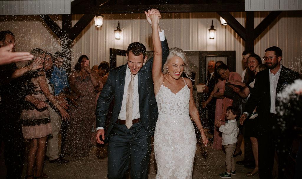 Best Oklahoma Outdoor Wedding Venue Tulsa Bixby White Barn 81.jpg