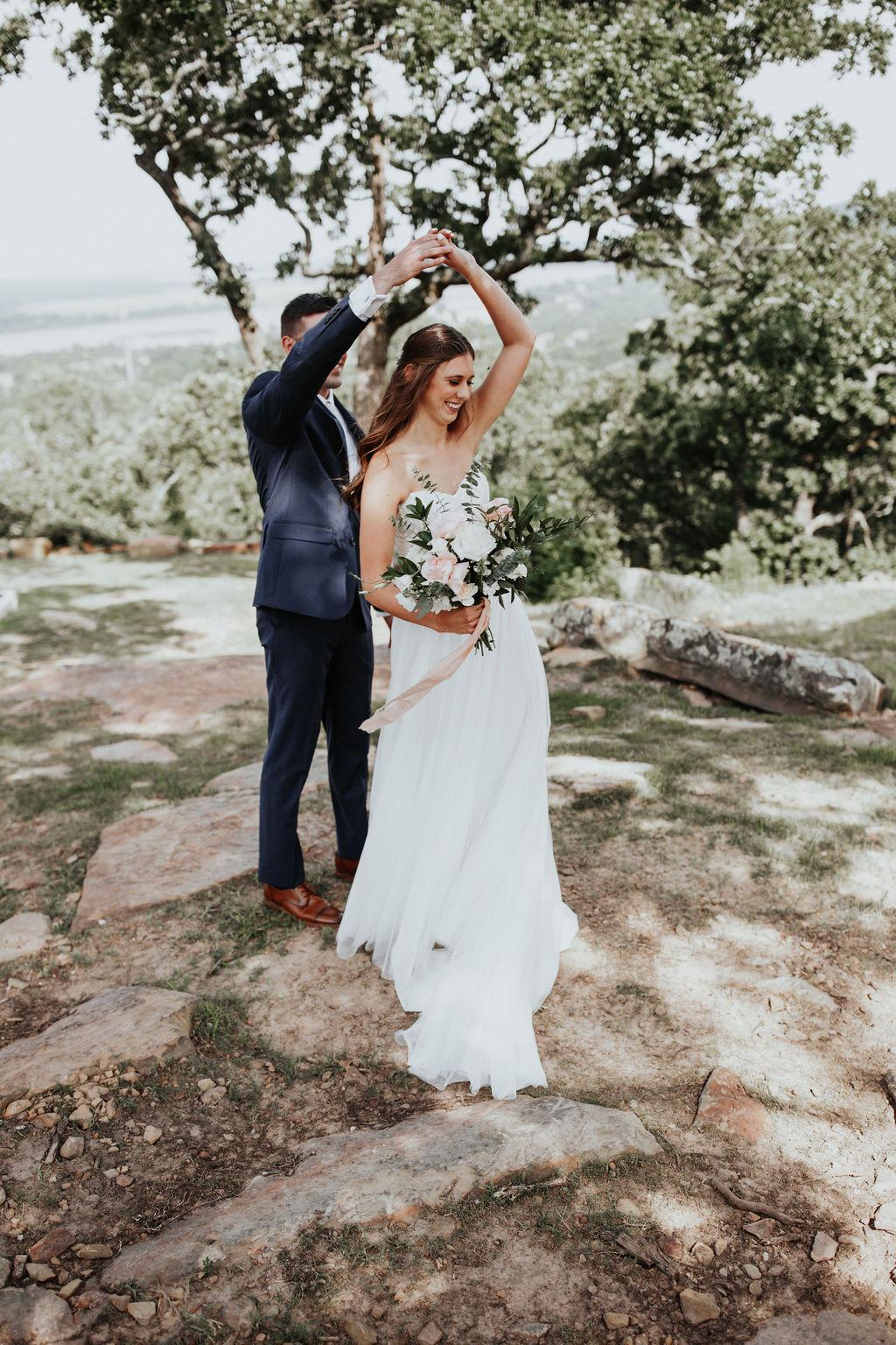 Tulsa Outdoor Wedding Venues 21.jpg