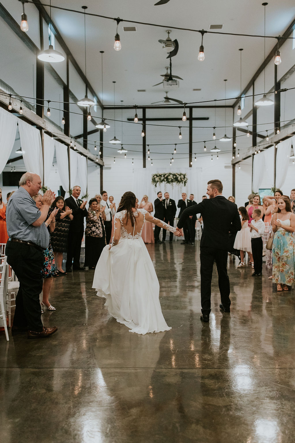 Bright light white barn wedding venue with a view Tulsa Oklahoma 52a.jpg