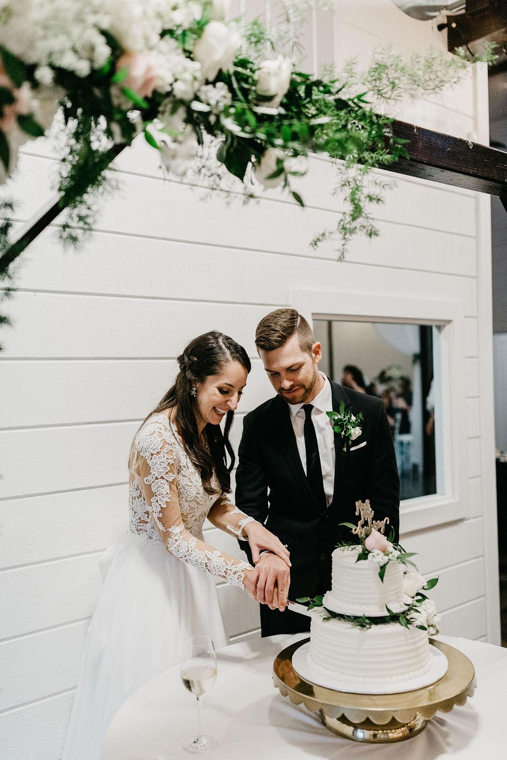 Bright light white barn wedding venue with a view Tulsa Oklahoma 59.jpg