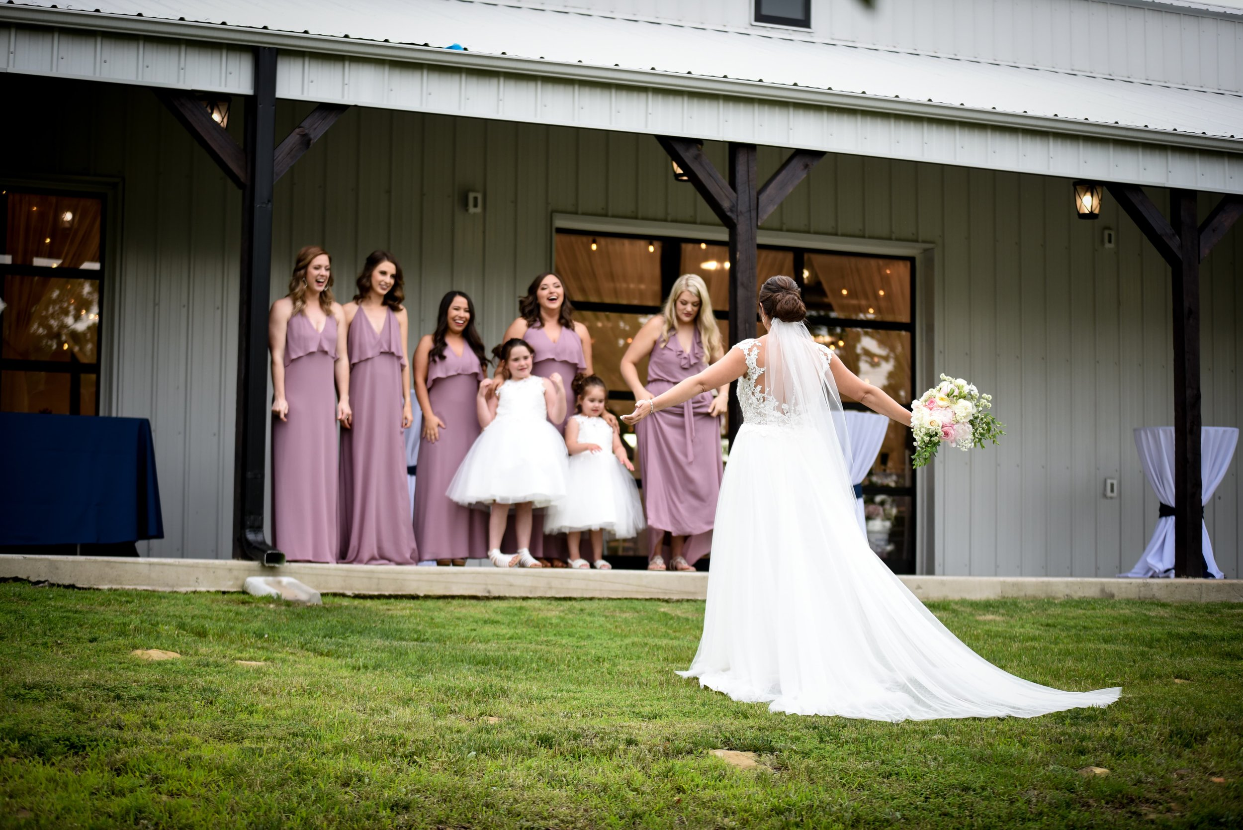 Modern Bright Light White Tulsa Wedding Venue 12-min.jpg
