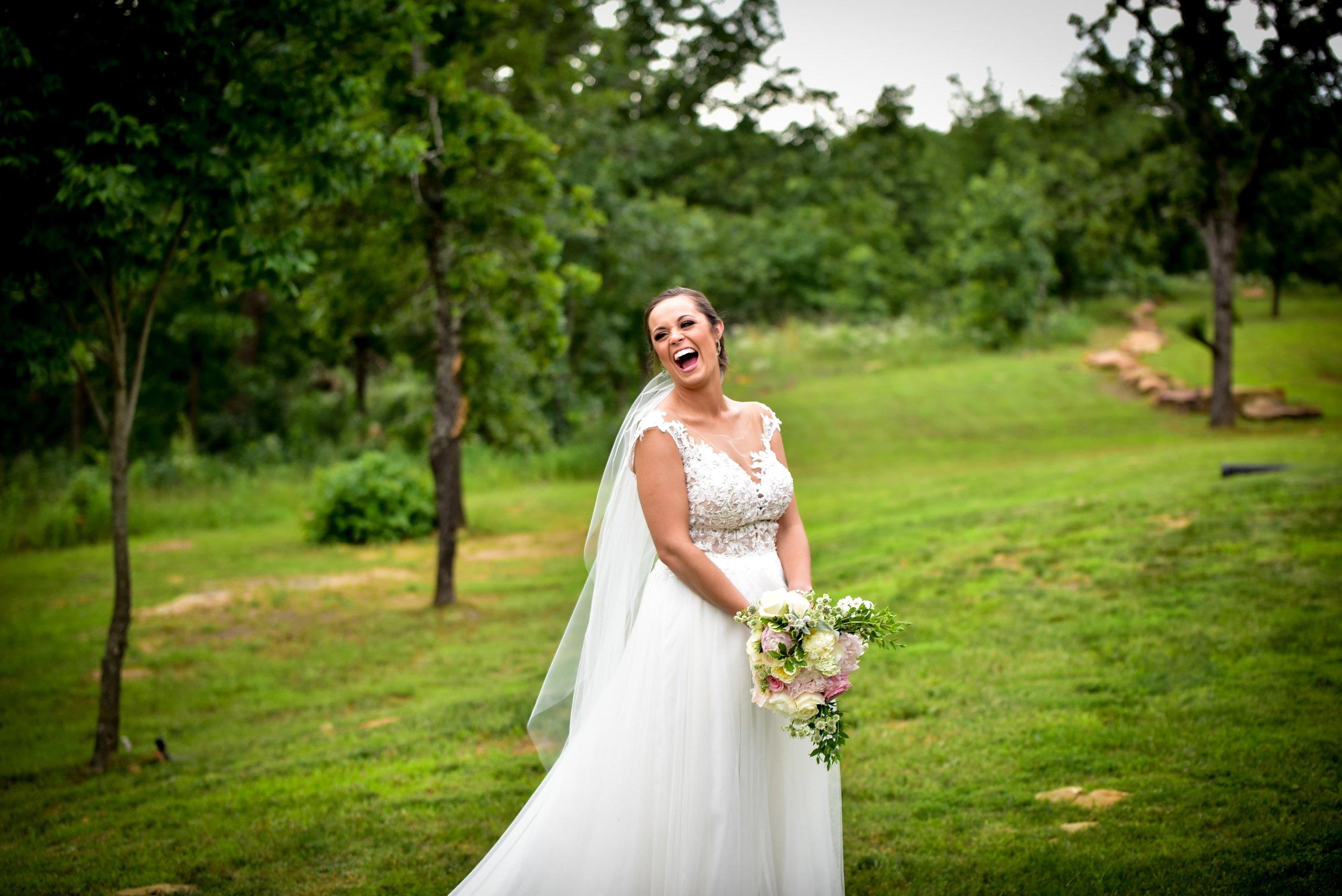 Modern Bright Light White Tulsa Wedding Venue 20-min.jpg