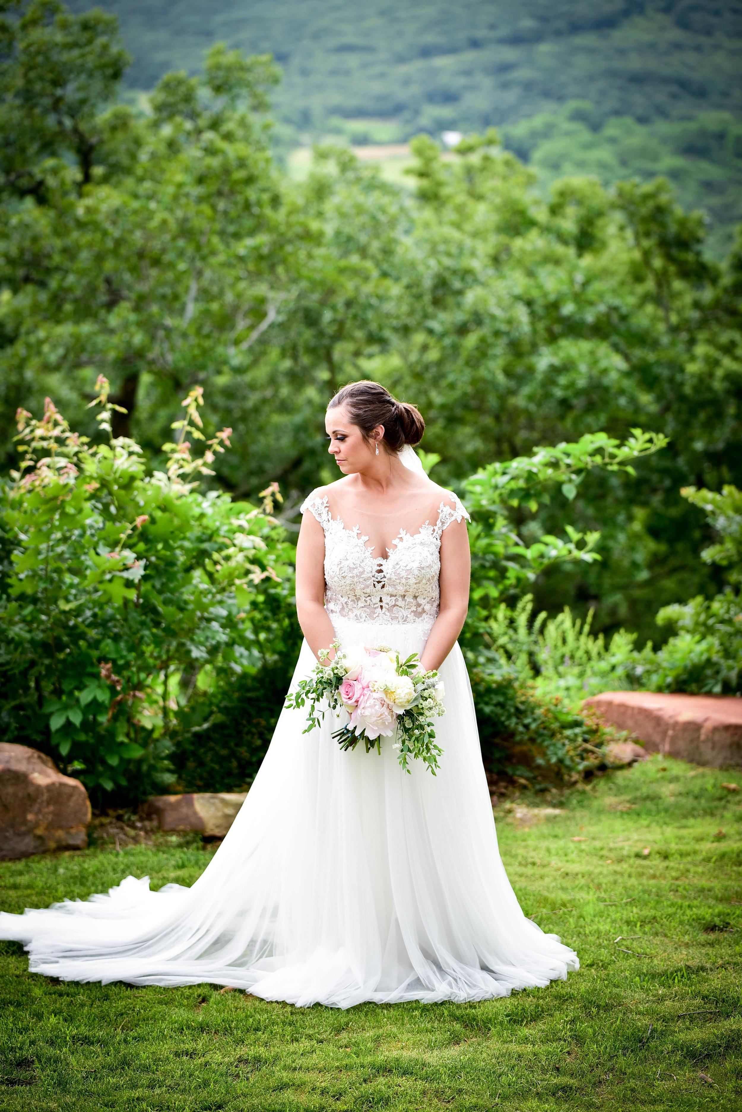 Modern Bright Light White Tulsa Wedding Venue 21-min.jpg