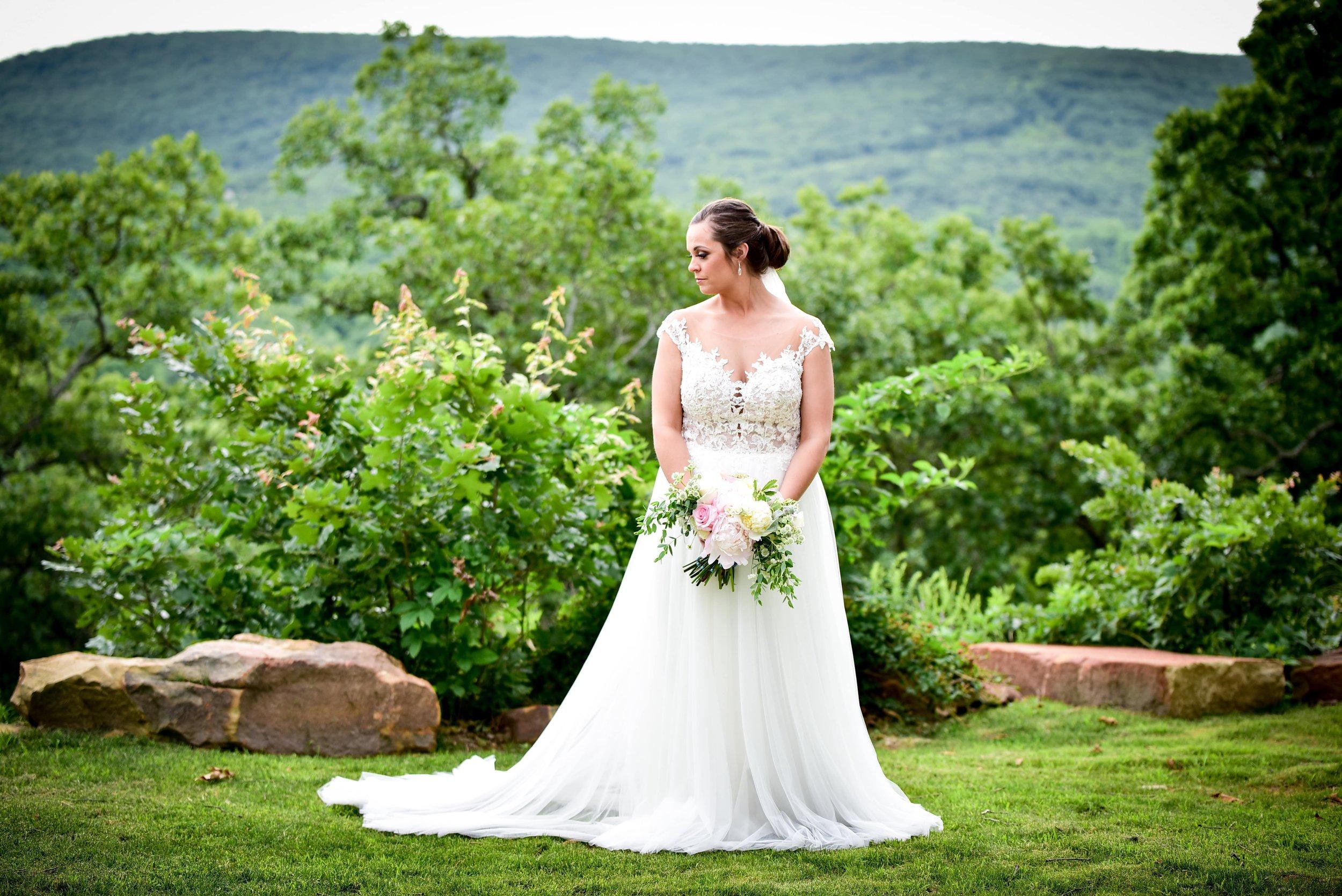 Modern Bright Light White Tulsa Wedding Venue 22-min.jpg