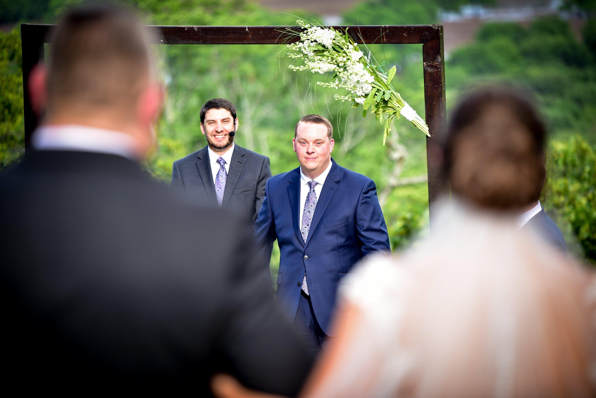 Modern Bright Light White Tulsa Wedding Venue 29-min.jpg