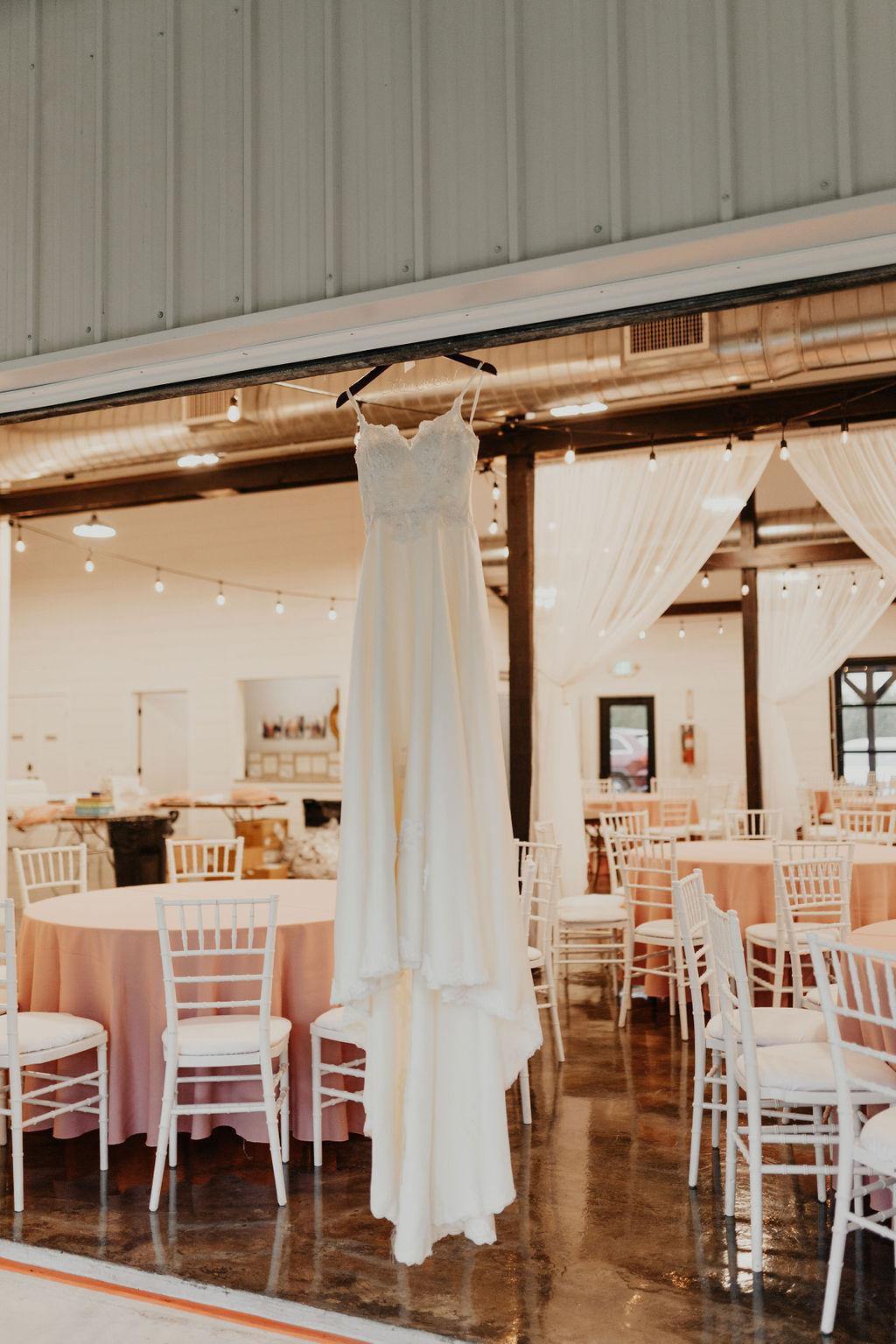 Tulsa Bixby Oklahoma White Barn Wedding Venue 0a.jpg