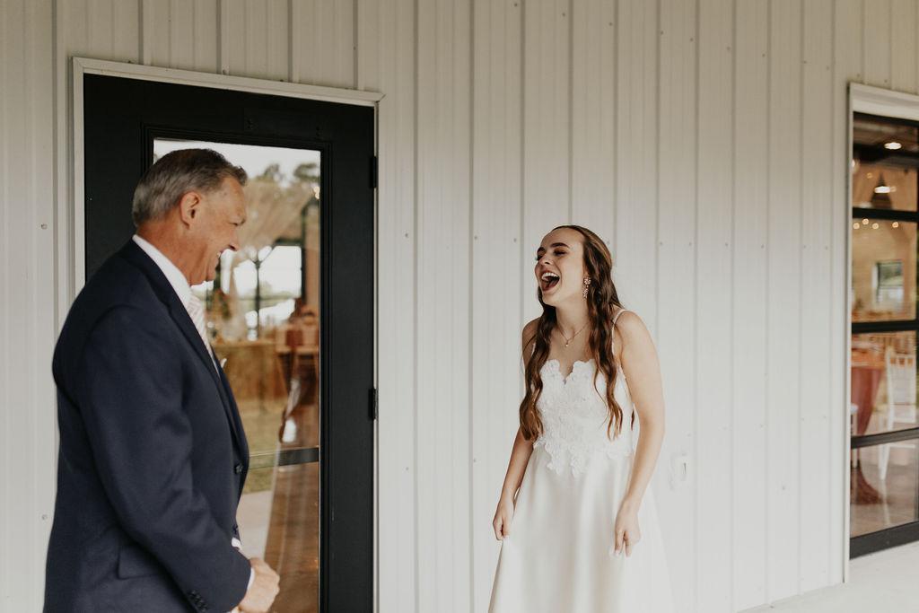 Tulsa Bixby Oklahoma White Barn Wedding Venue 0i.jpg
