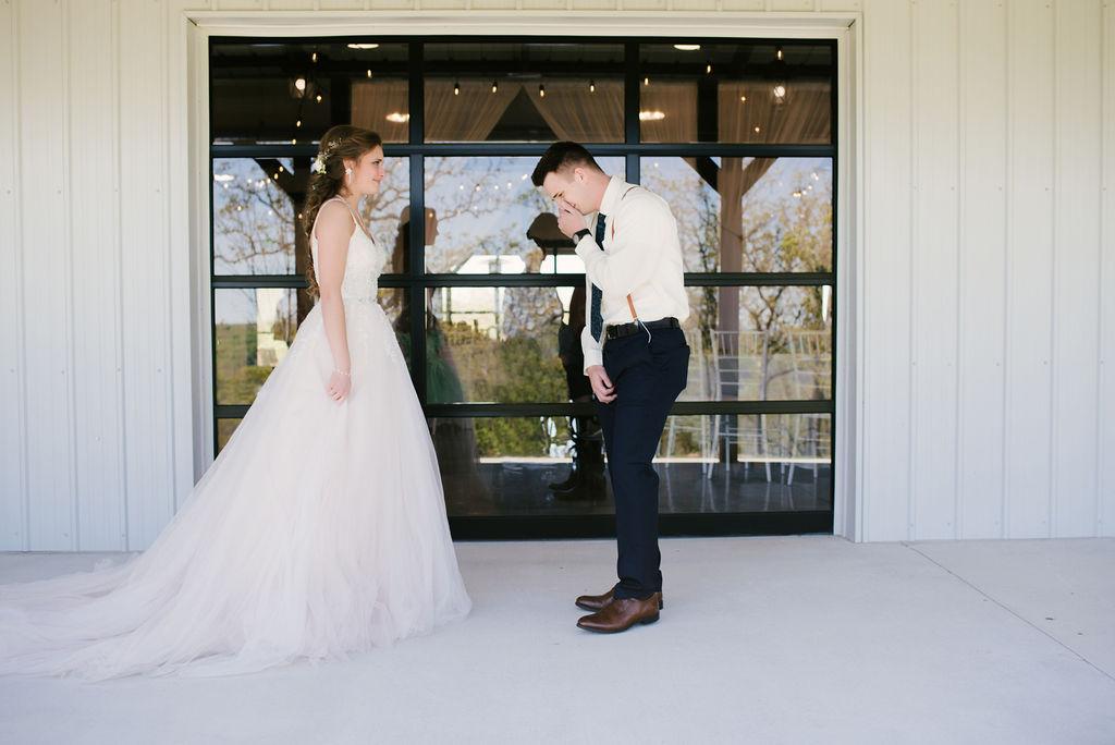 Tulsa Best Outdoor Wedding Venue 10.jpg