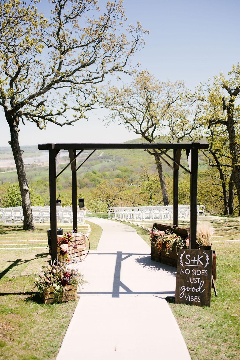Tulsa Best Outdoor Wedding Venue 8.jpg