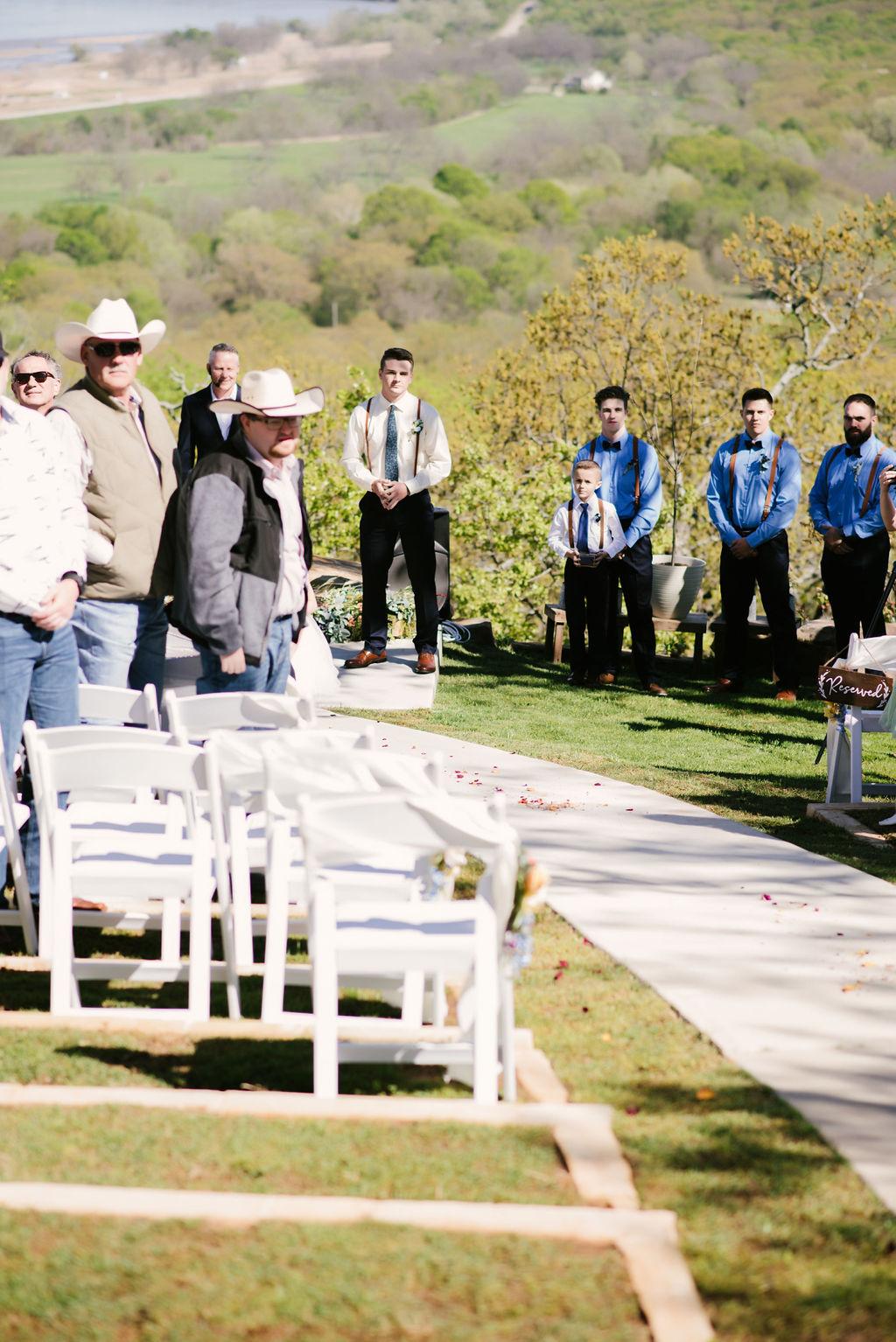 Tulsa Best Outdoor Wedding Venue 20.jpg