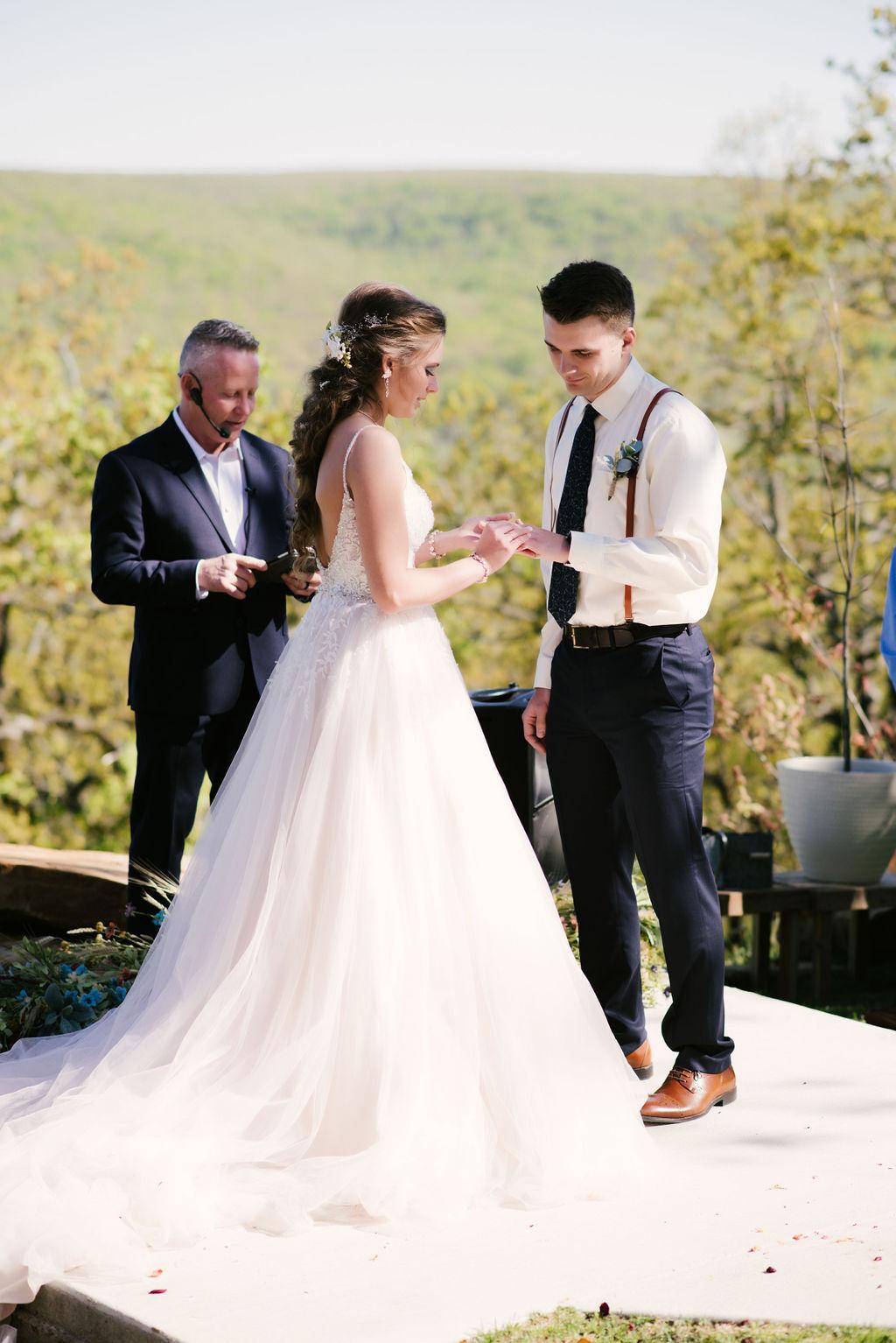 Tulsa Best Outdoor Wedding Venue 26.jpg