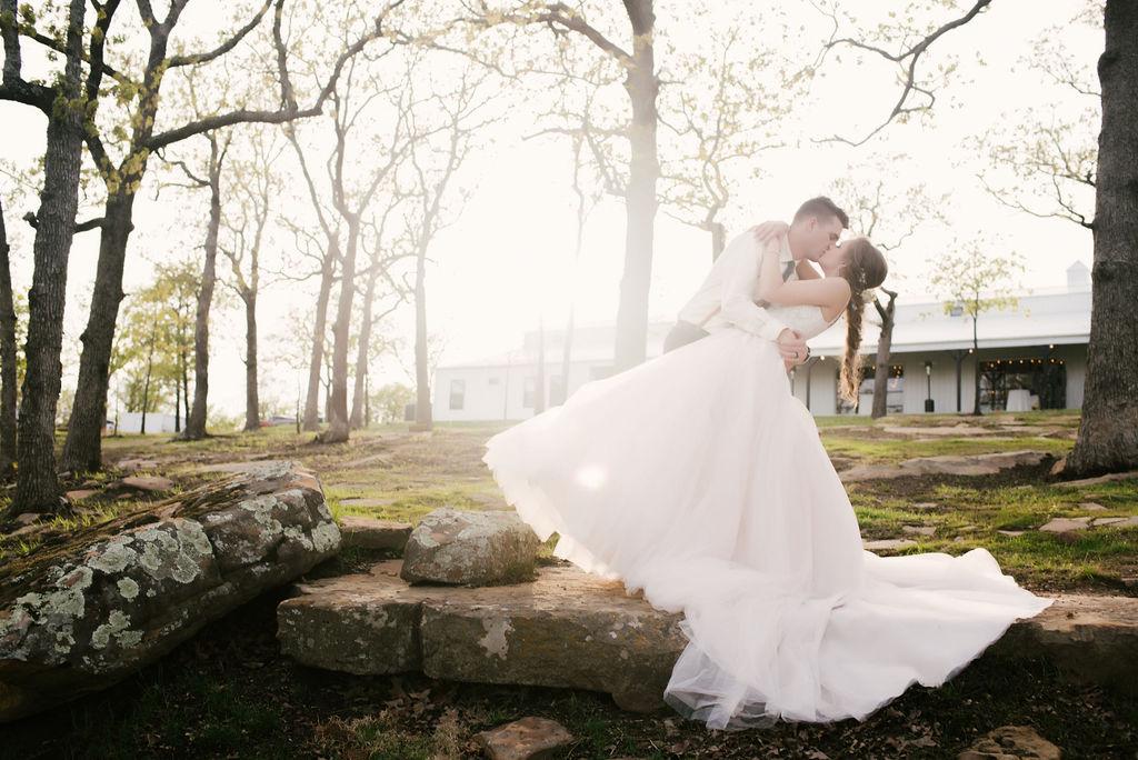 Tulsa Best Outdoor Wedding Venue 41.jpg