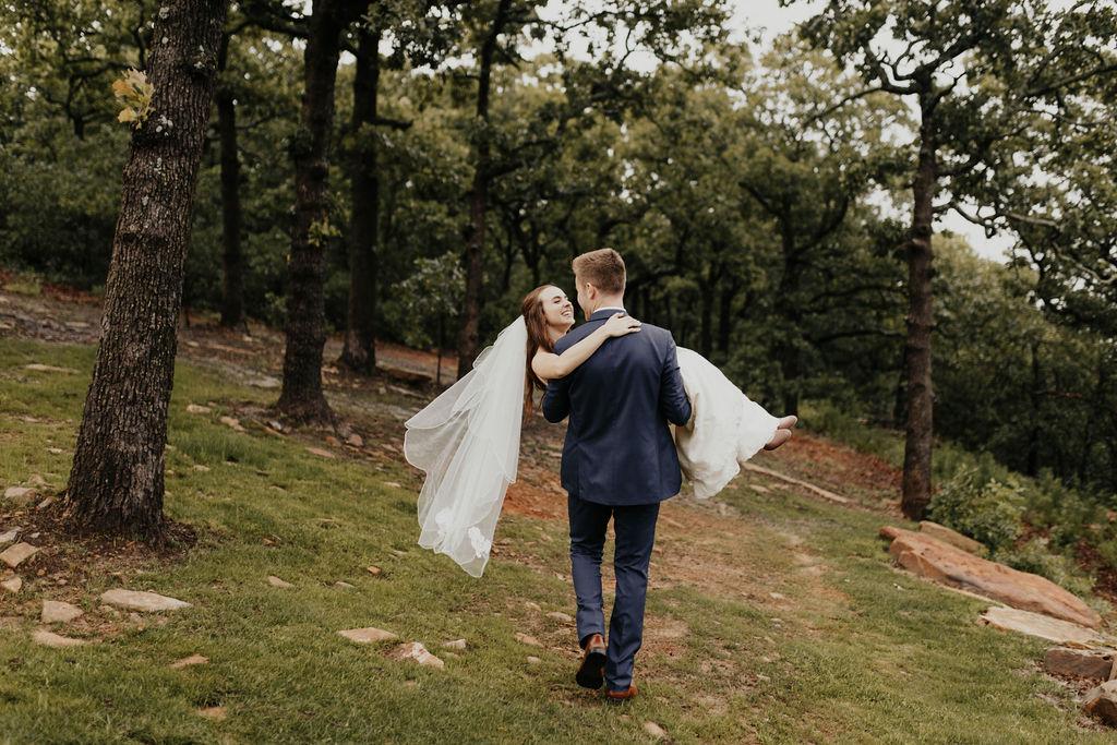 Tulsa Bixby Oklahoma White Barn Wedding Venue 20.jpg