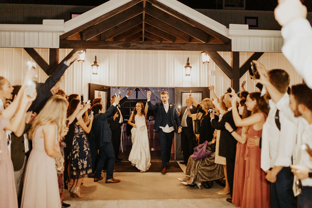 Tulsa Bixby Oklahoma White Barn Wedding Venue 30.jpg