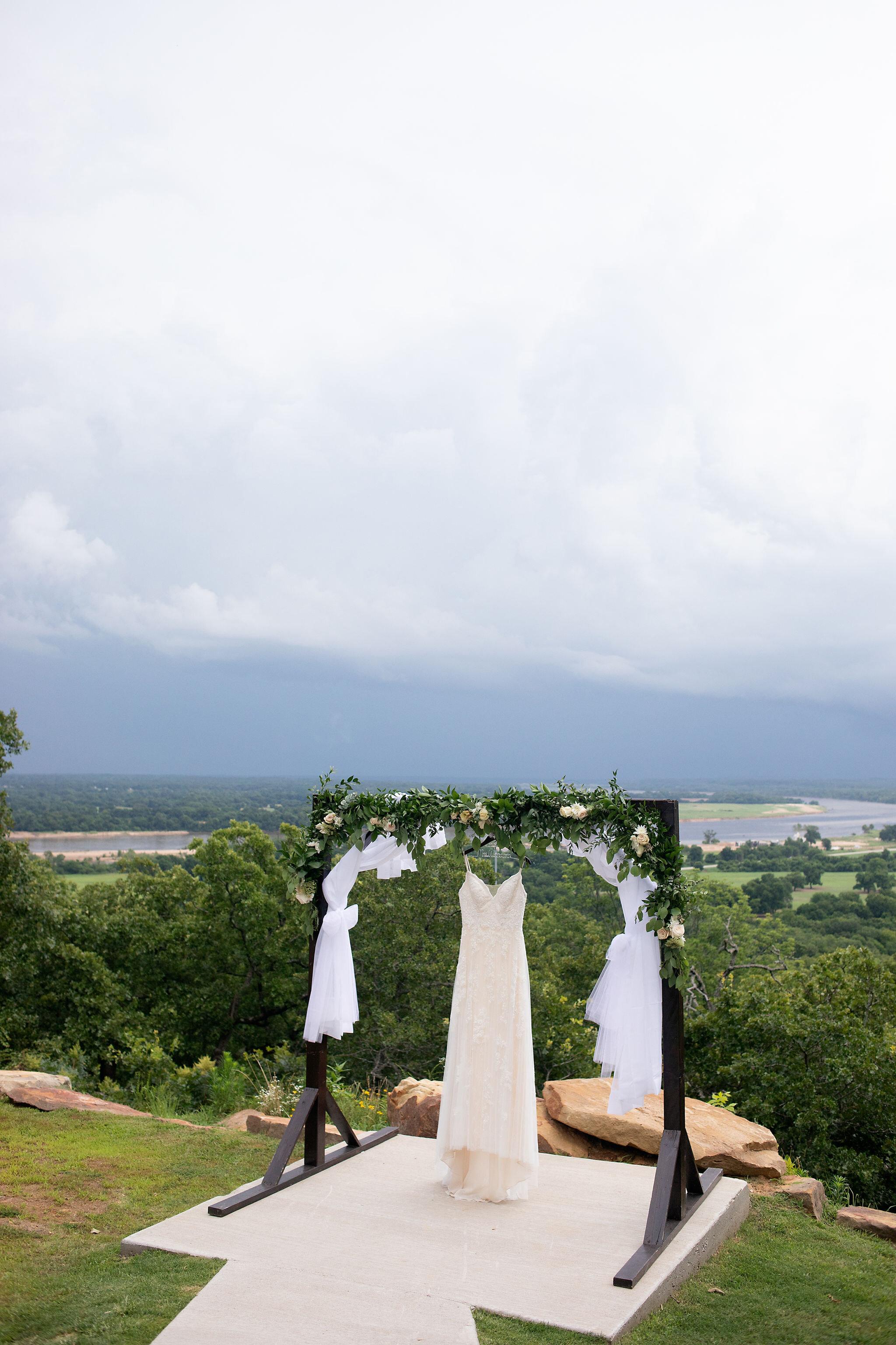 Oklahoma Summer Wedding Venue Dream Point Ranch 1a.jpg