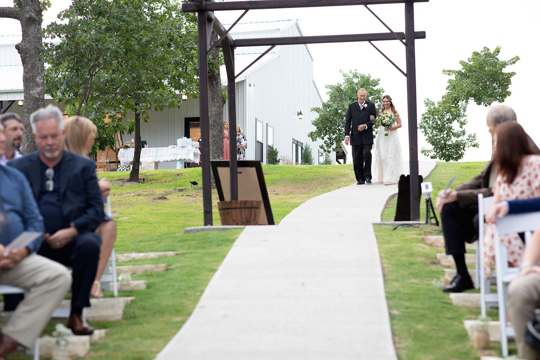 Oklahoma Summer Wedding Venue Dream Point Ranch 25.jpg