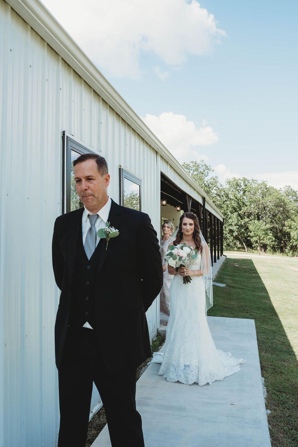 Tulsa Wedding Venue with a View 00.jpg