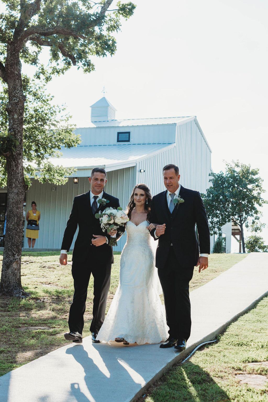 Tulsa Wedding Venue with a View 27.jpg