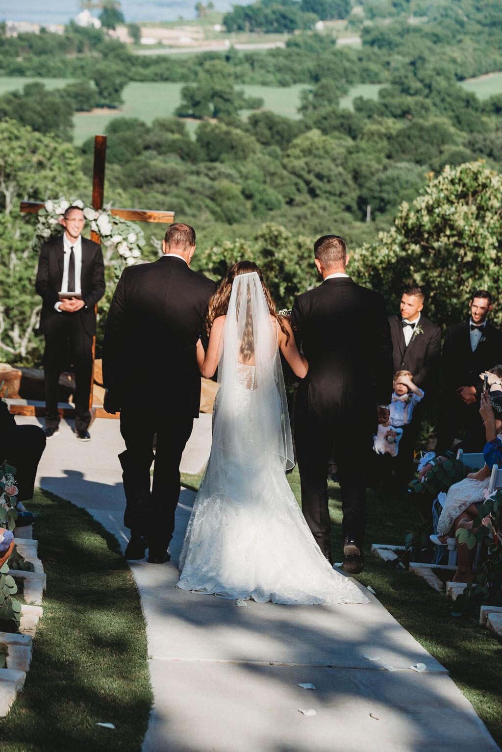 Tulsa Wedding Venue with a View 28.jpg