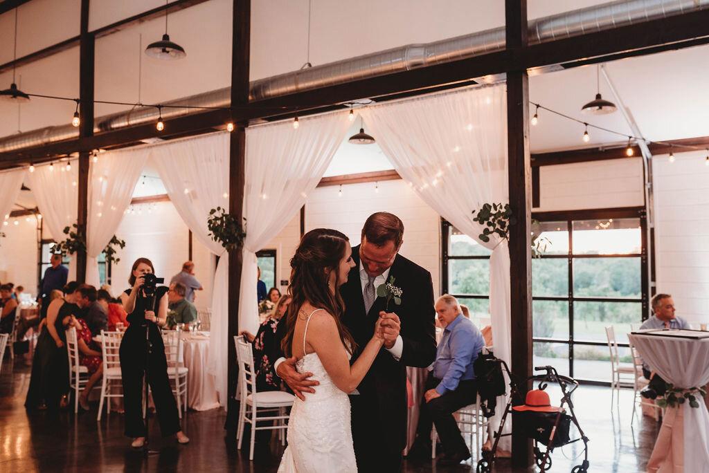 Tulsa Wedding Venue with a View 47.jpg