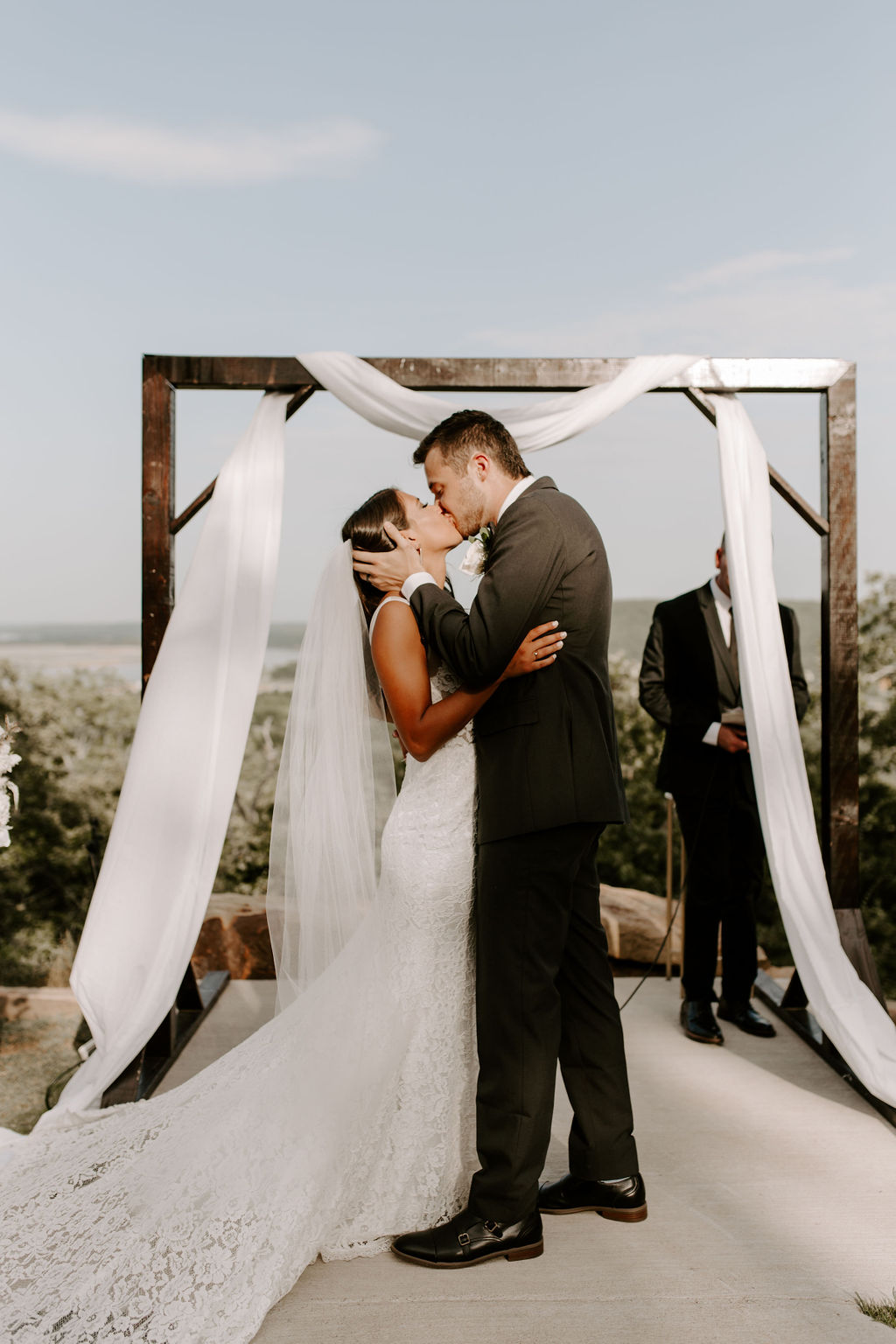 Tulsa White Barn Wedding Venue Outdoor Ceremony 77.jpg
