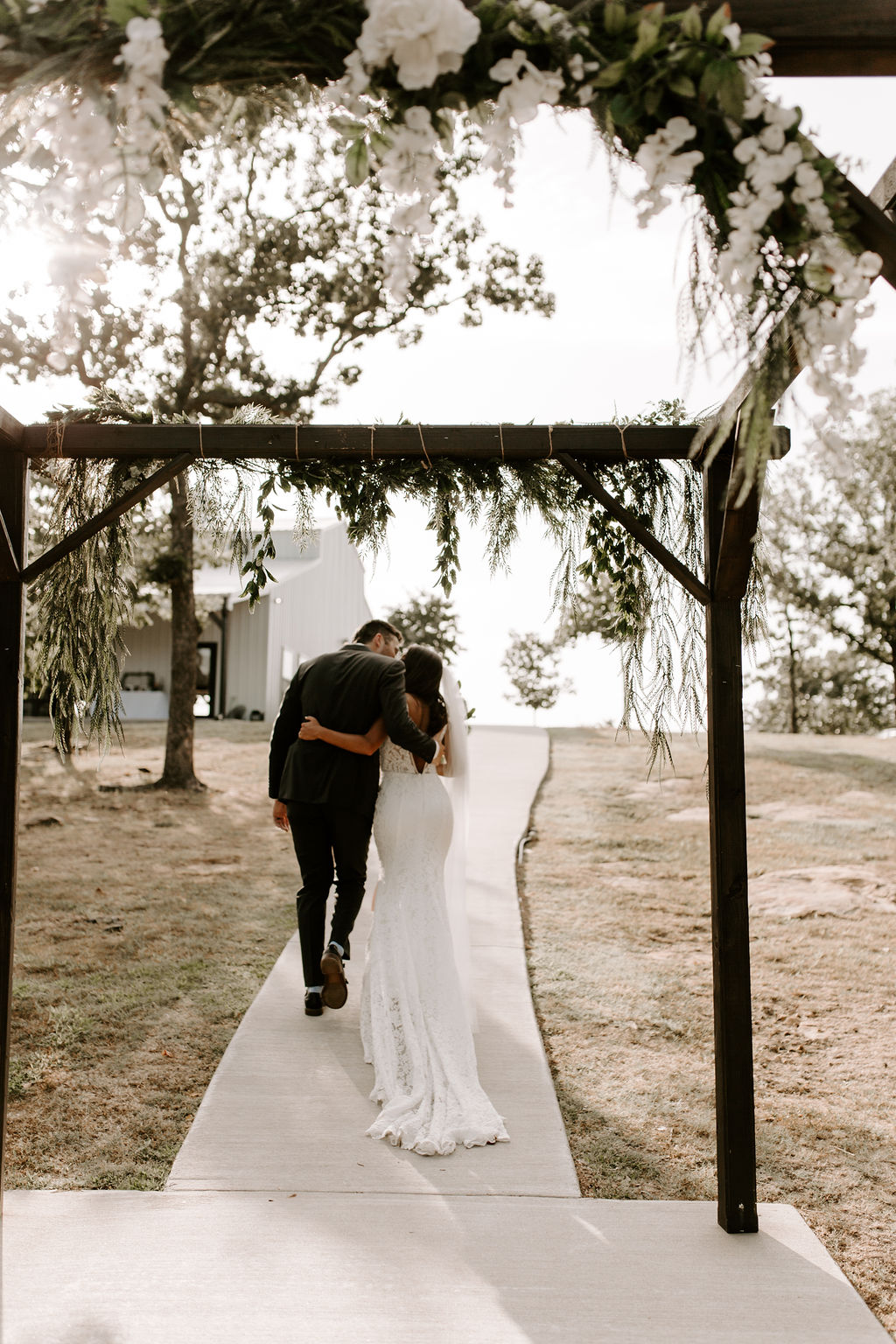 Tulsa White Barn Wedding Venue Outdoor Ceremony 80.jpg