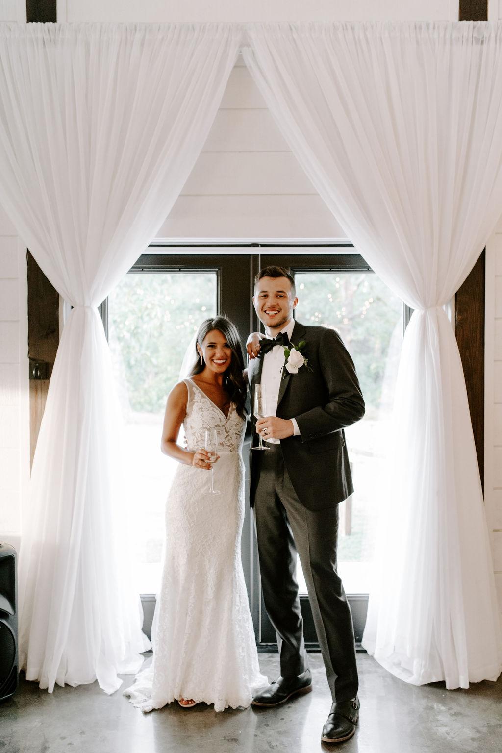 Tulsa White Barn Wedding Venue Outdoor Ceremony 112.jpg