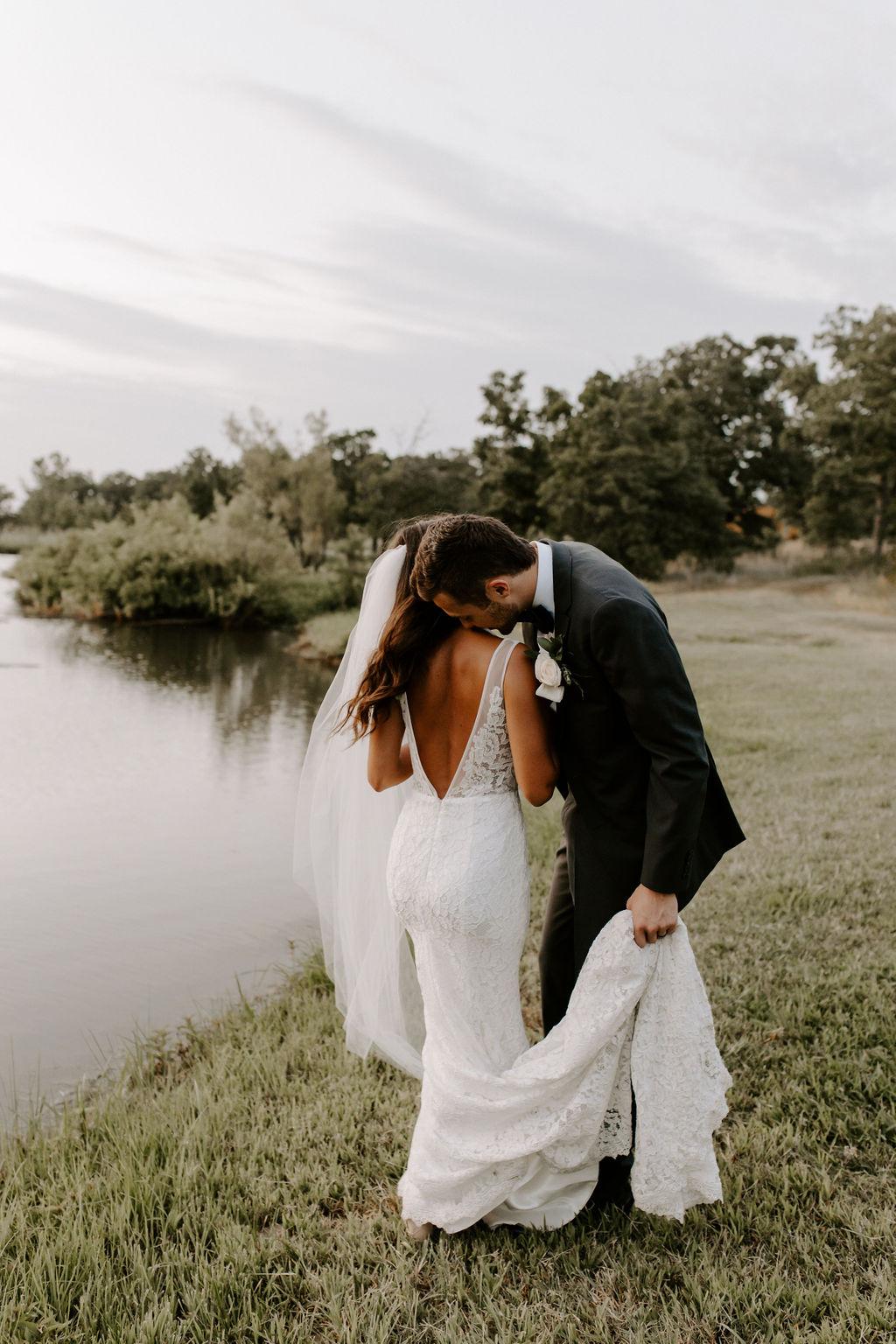 Tulsa White Barn Wedding Venue Outdoor Ceremony 122.jpg