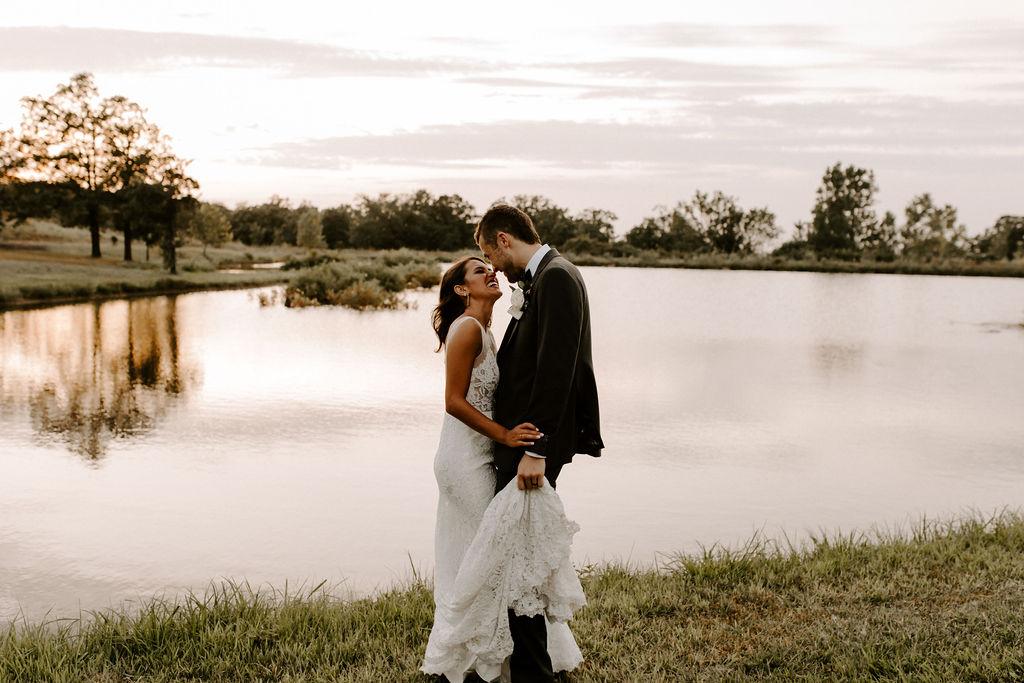 Tulsa White Barn Wedding Venue Outdoor Ceremony 129.jpg