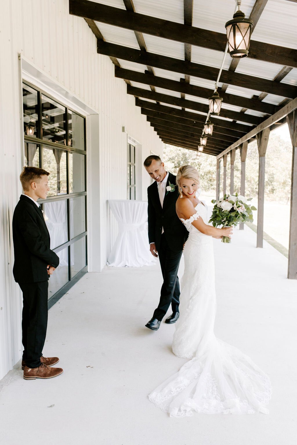 Tulsa White Barn Wedding Venue Outdoor Ceremony 38.jpg
