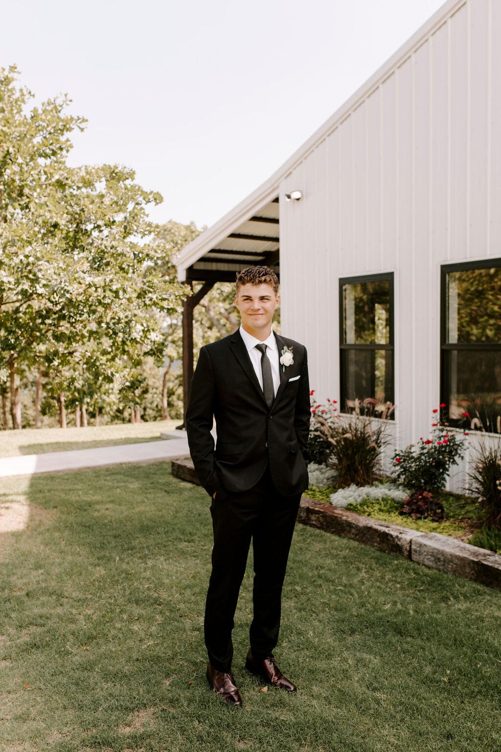 Tulsa White Barn Wedding Venue Outdoor Ceremony 40.jpg