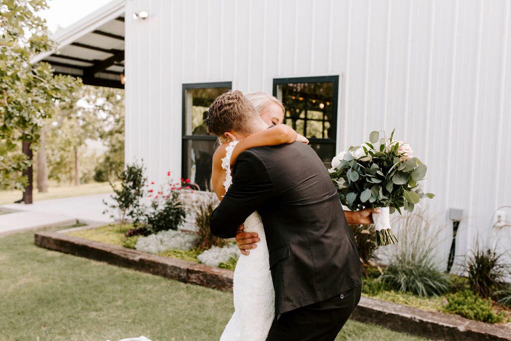 Tulsa White Barn Wedding Venue Outdoor Ceremony 48.jpg