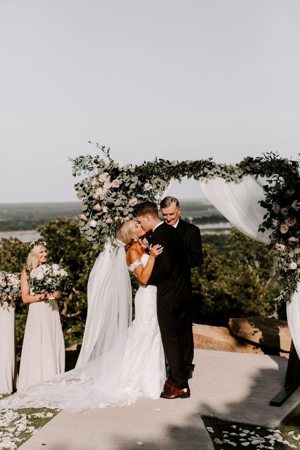Tulsa White Barn Wedding Venue Outdoor Ceremony 93.jpg
