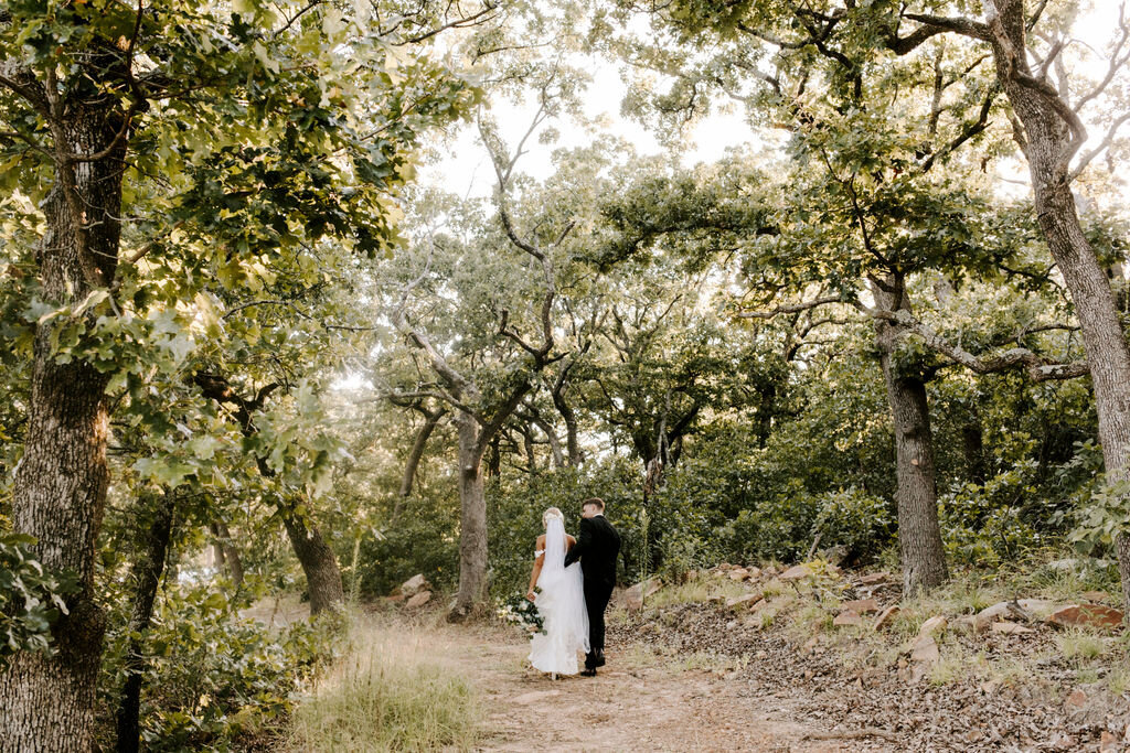 Tulsa White Barn Wedding Venue Outdoor Ceremony 110.jpg