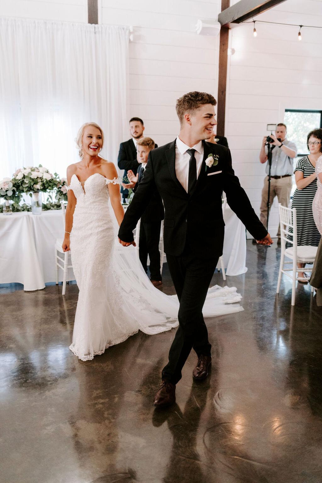 Tulsa White Barn Wedding Venue Outdoor Ceremony 119.jpg