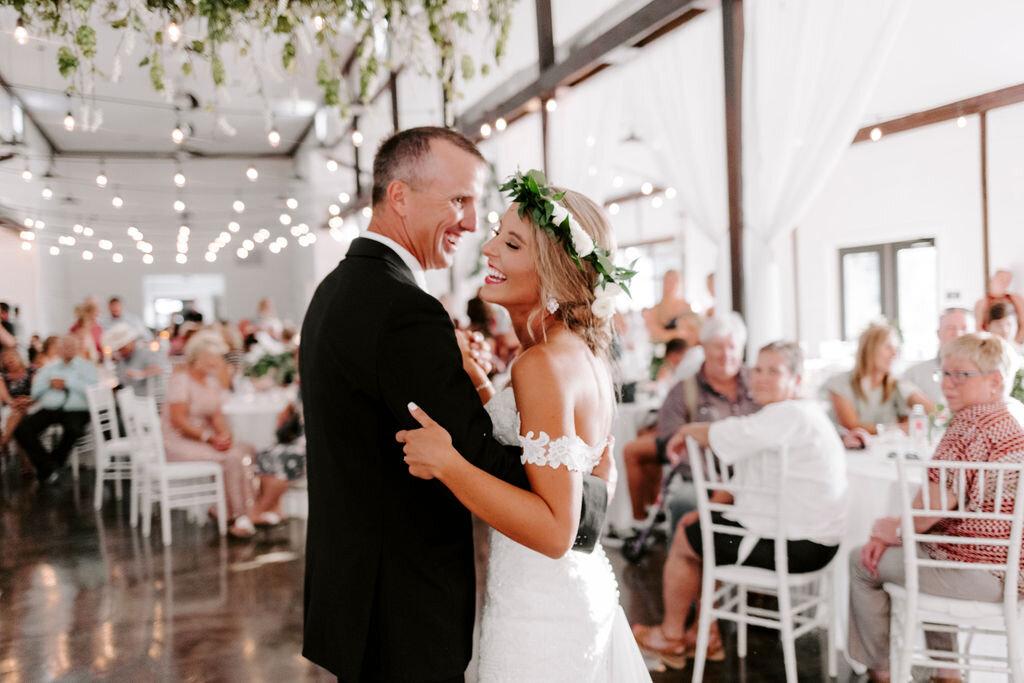 Tulsa White Barn Wedding Venue Outdoor Ceremony 124.jpg
