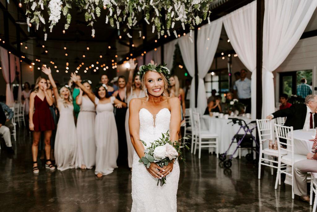 Tulsa White Barn Wedding Venue Outdoor Ceremony 127.jpg