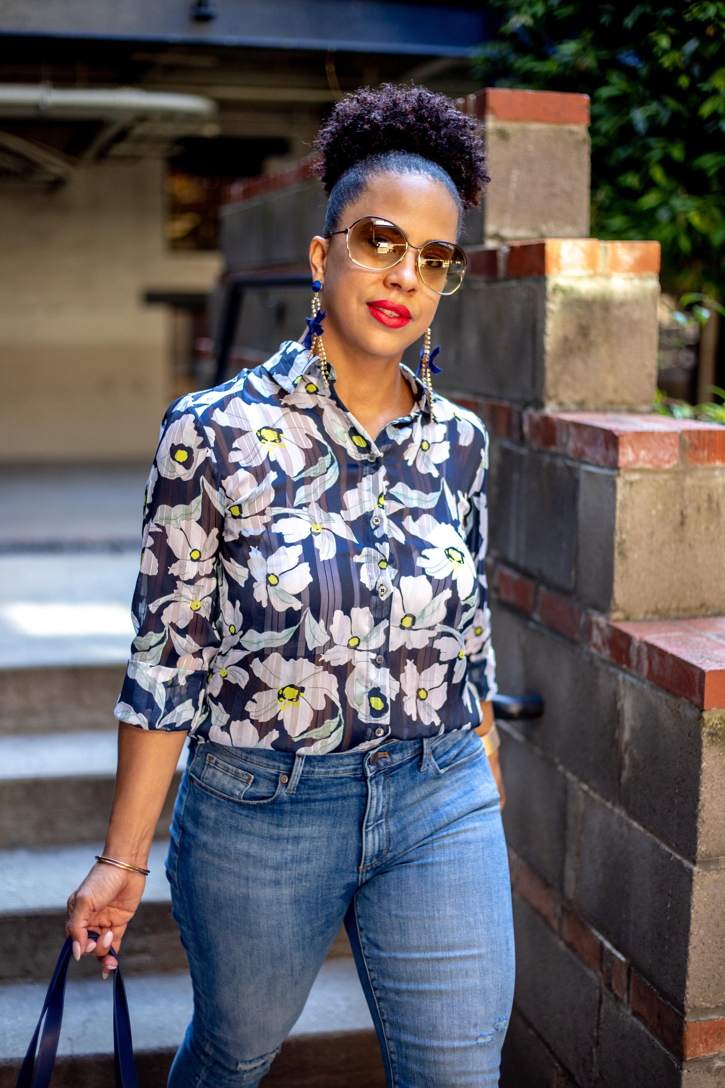 Banana Republic Womens Dillon Classic-Fit Sheer Floral Stripe Shirt Navy Floral