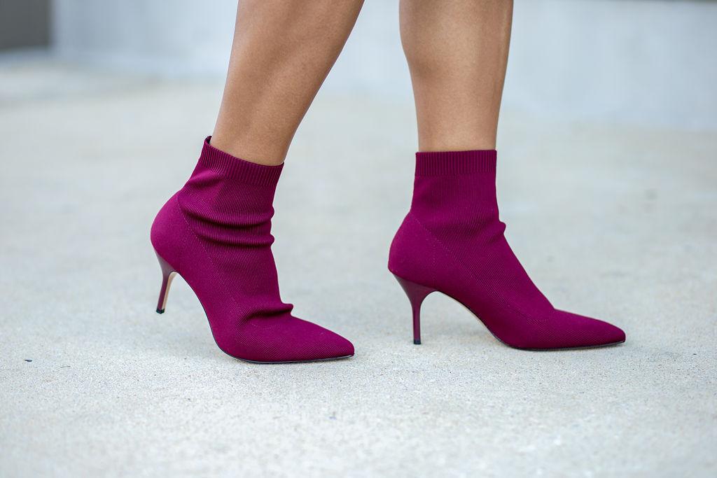 Stradivarius heeled ankle bootie in burgundy.jpg