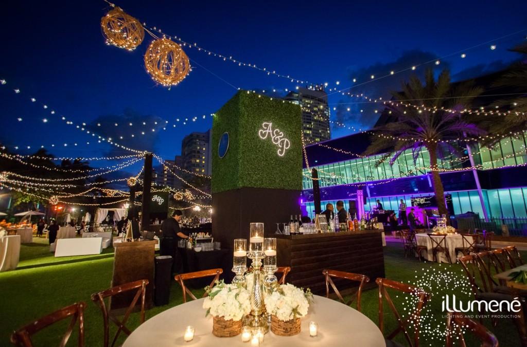 Fontainebleau-wedding-string-bistro-lights-3-min-1024x675.jpg